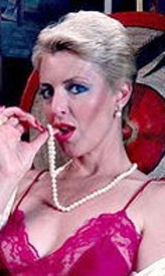 aunt Juliet peg sex anderson