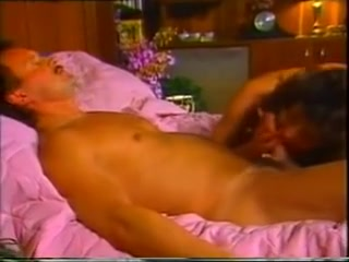 Classic sex tape with a hot sexy couple in the bedroom