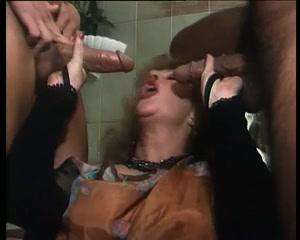 Italian classic porn .Calda Pioggia di Sesso.