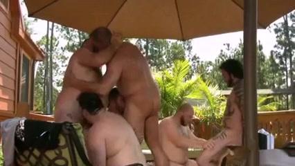 MJ - Steamy hot gay bear sex party