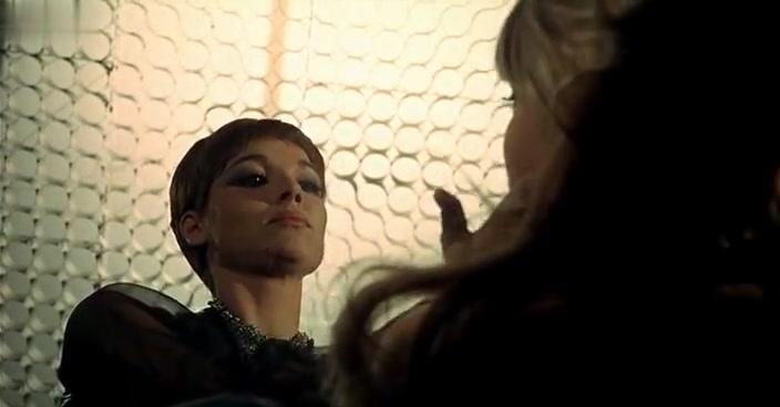 Elsa Martinelli,Marisa Mell in Perversion Story 1969