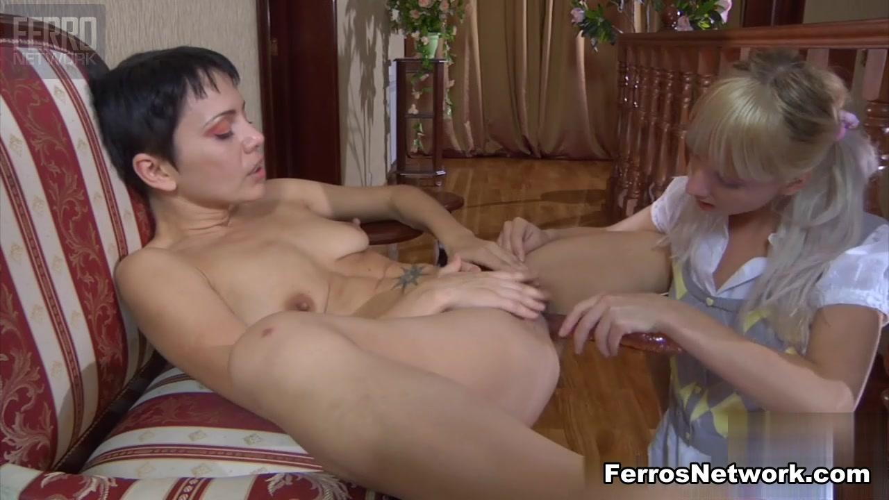 KissMatures Video: Viola and Madeleine