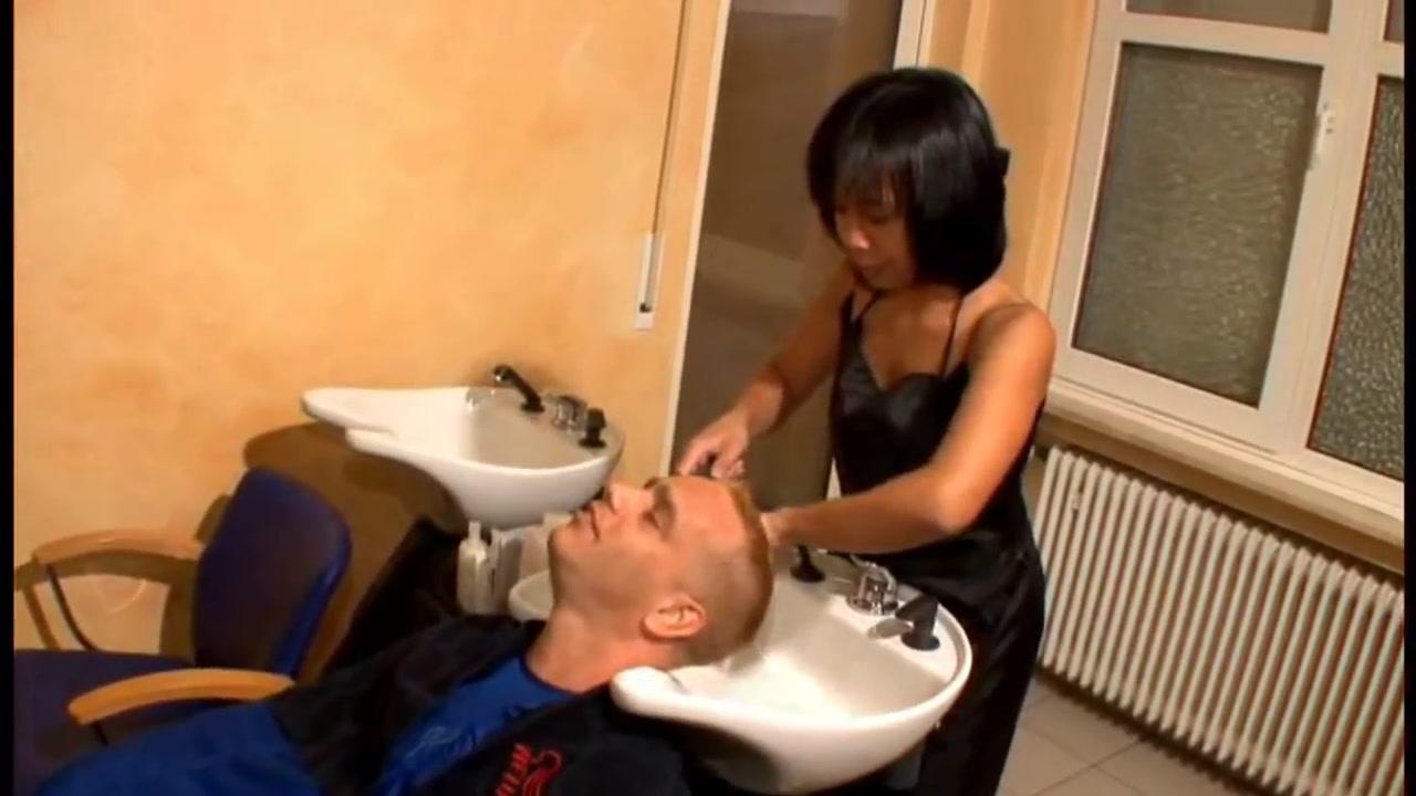 Melissa aka asiandeepthroat - Die Haarstylistin