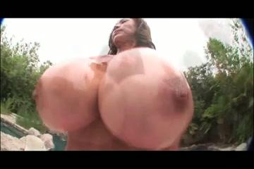 Minka - Sexy Breasty Mother Id Like To Fuck
