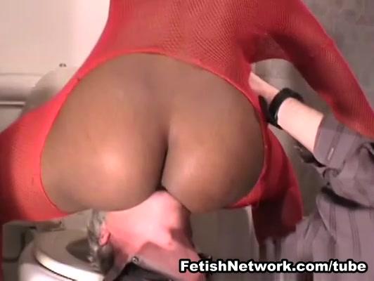EliteSmothering Movie: Curvaceous ebony slut gets munched on properly