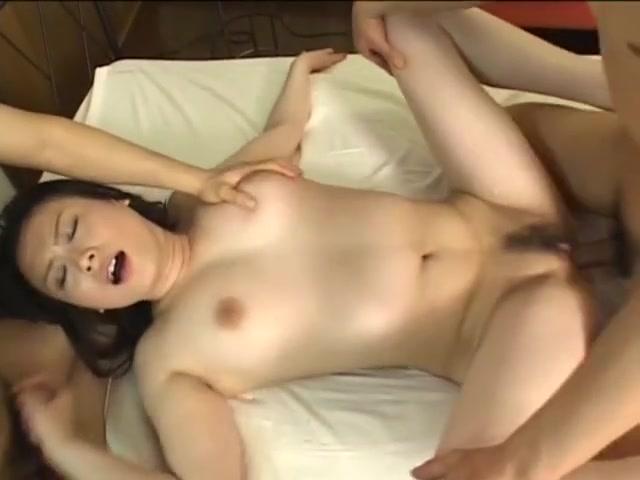 Video 873343-Image 12