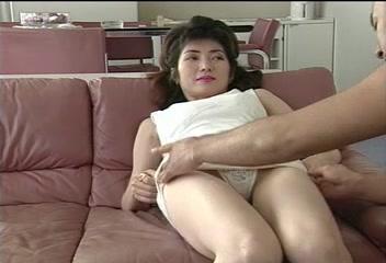 Oriental Mommy teaching