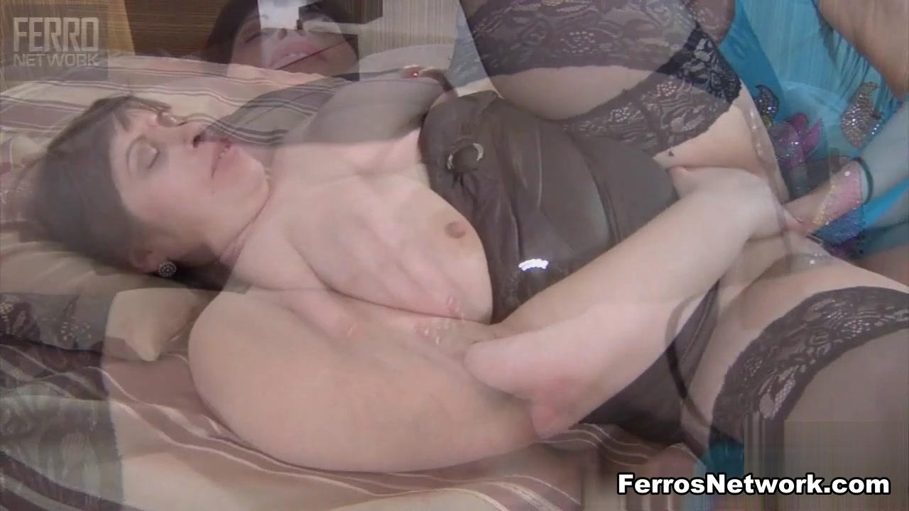KissMatures Video: Caroline M and Aubrey