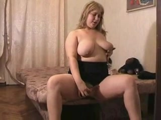 Horny fat BBW Teen GF Masturbating in the morning